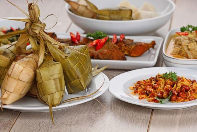 Masakan Indonesia Ketupat Lebaran