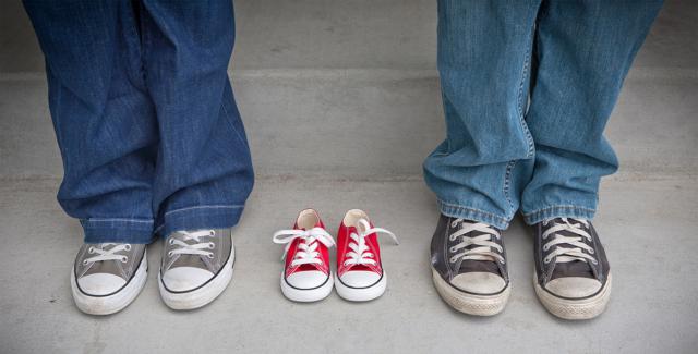 foot-sneakers-shoe