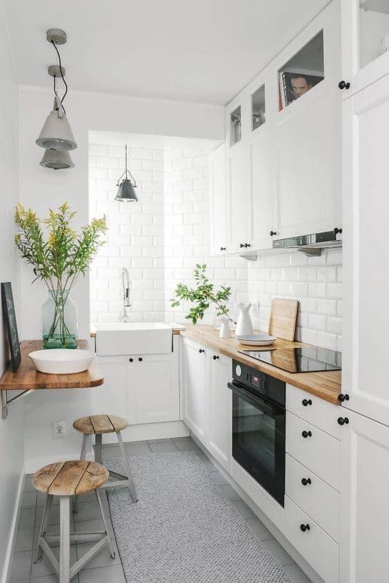 11 Ide Penataan Dapur Mungil Nuansa Monokrom Biar Rumahmu