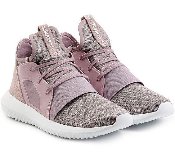 Model Sepatu Sneakers