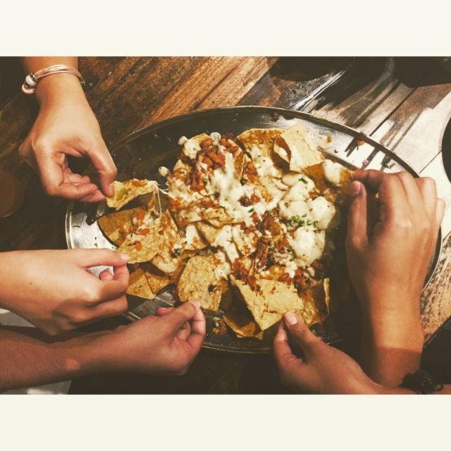 Sharing makanan