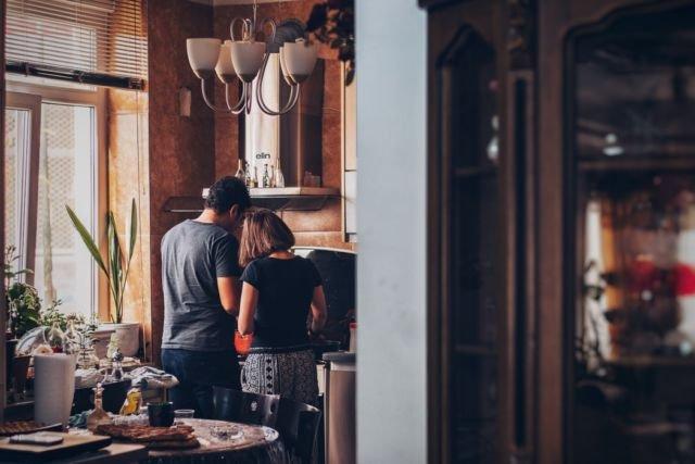 Couple masak
