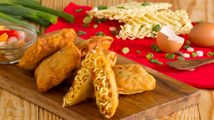 Menyiapkan Menu Masakan Untuk Lauk Sehari Hari Itu Susah Susah Gampang Paling Paling Kalau Lagi Repot Bikin Telur Dadar Atau Goreng Tempe Saja Beres