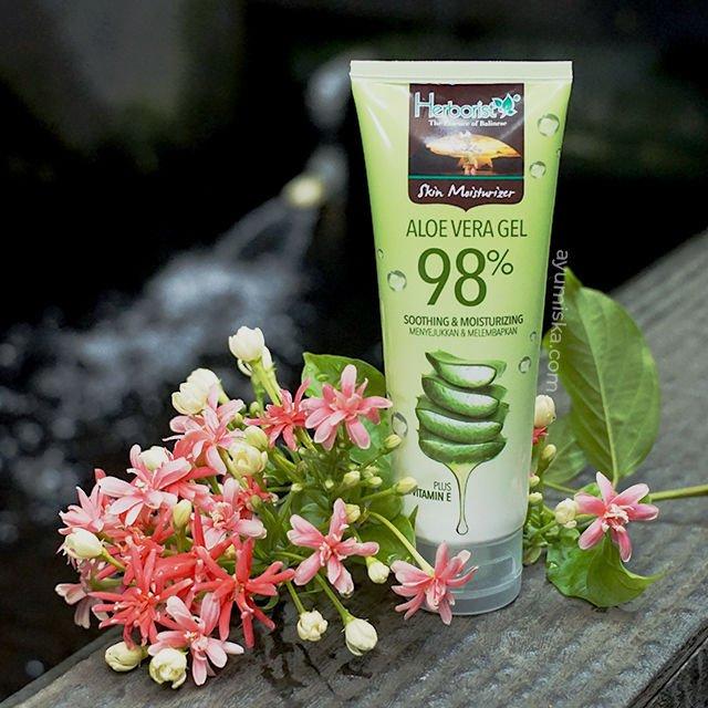 Herborist Aloe Vera Gel 98%, Moisturizer Ringan Untuk Kulit Berminyak