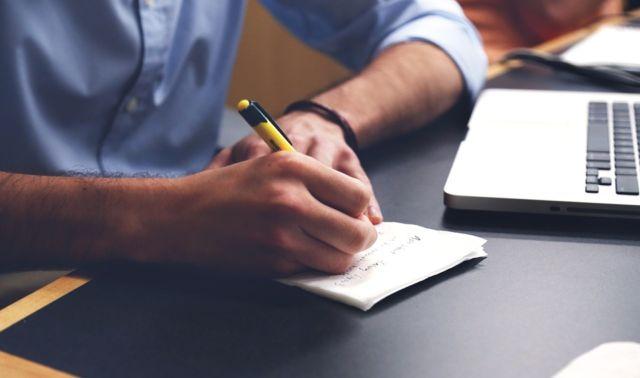 Menulis Artikel Buku