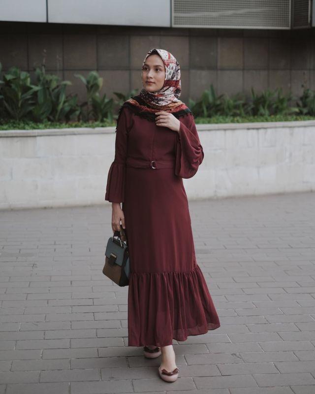 11 Padu Padan Gamis Hijab Yang Cantik Untuk Kondangan Kalau Pakai Kebaya Terus Kan Bosan