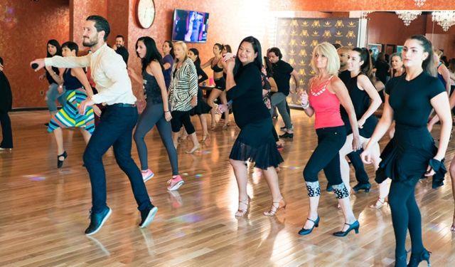Ikuti Dance Class