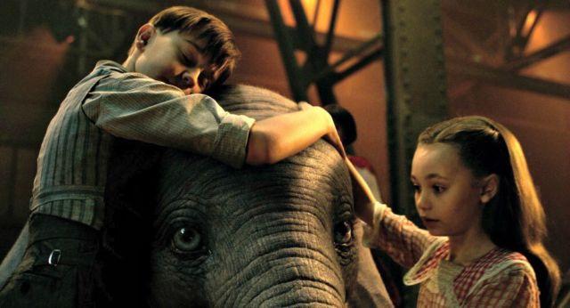 Dumbo Poster 2019