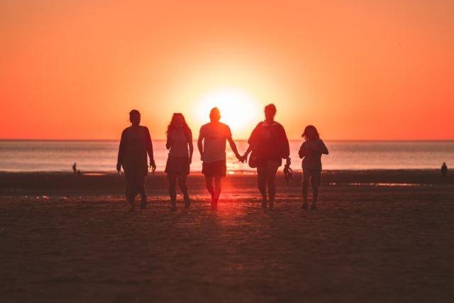 Keluarga dan orang-orang tercinta