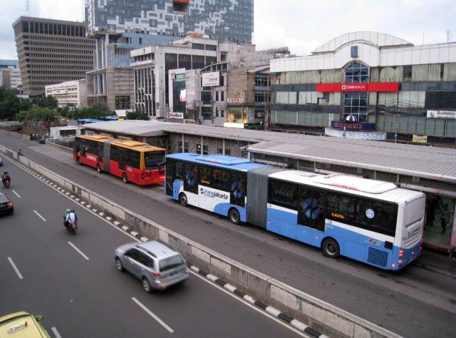 Sehat dengan transportasi umum