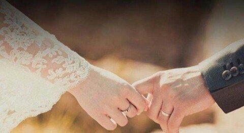 Menjaga komitmen terhadap pasangan