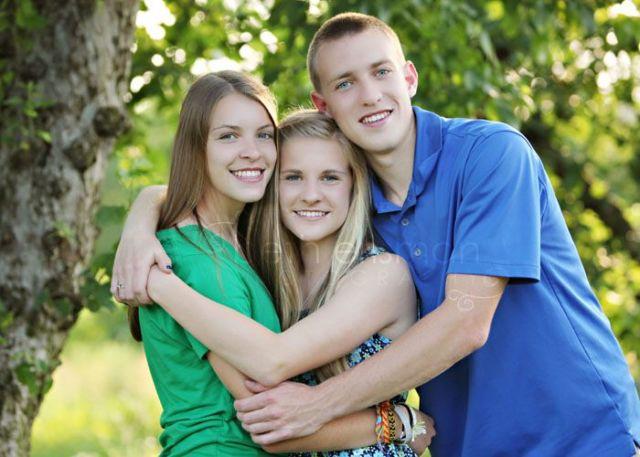 Adult 3 Siblings