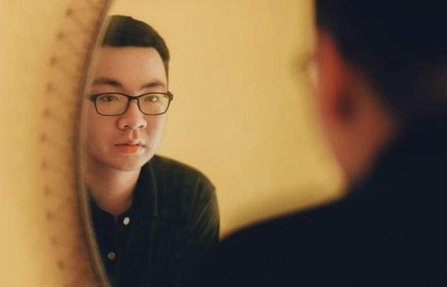 Photo by Min An