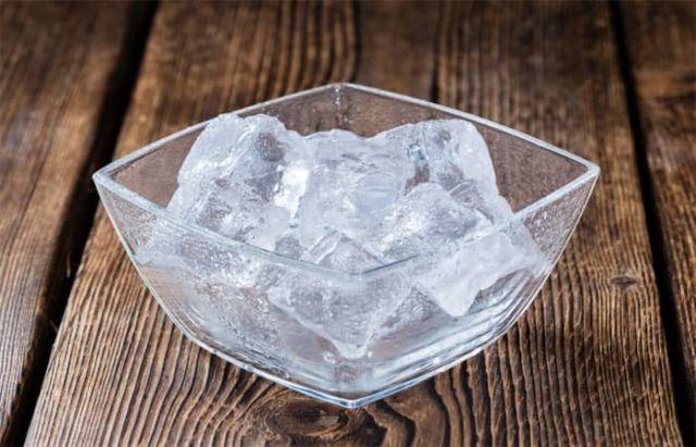manfaat es batu untuk memerahkan bibir