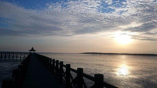 Sunrise Pantai Bentar