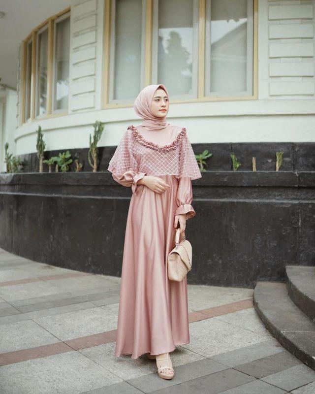 32 Model Terkini Baju Untuk Kondangan Pernikahan Hijab