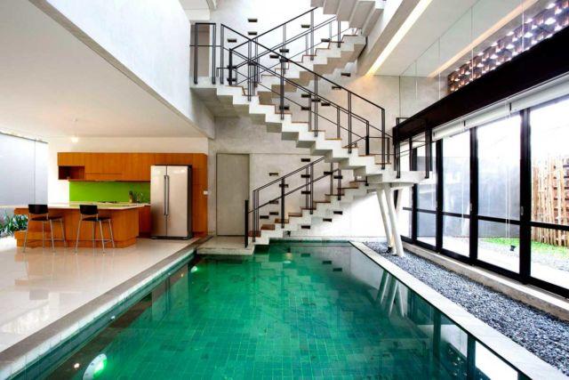 Dapur Semi Outdoor Breathing House di Tangerang karya Atelier Riri