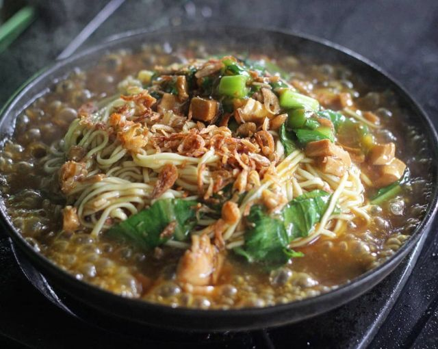 Mie Ayam Hot Plate Pak Bambung - Photo by Masclink Kulineran