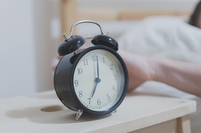 wake up by alarm