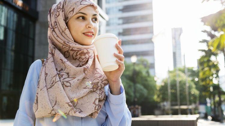 5 Alasan Sederhana Memilih Wanita Berhijab Untuk Teman Hidup