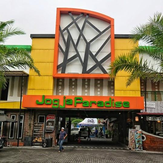 Tampak depan Jogja Paradise