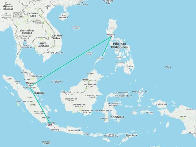 Cuma butuh waktu 3,5 jam untuk sampai sana, kayak dari Jakarta ke Bandung pakai kereta
