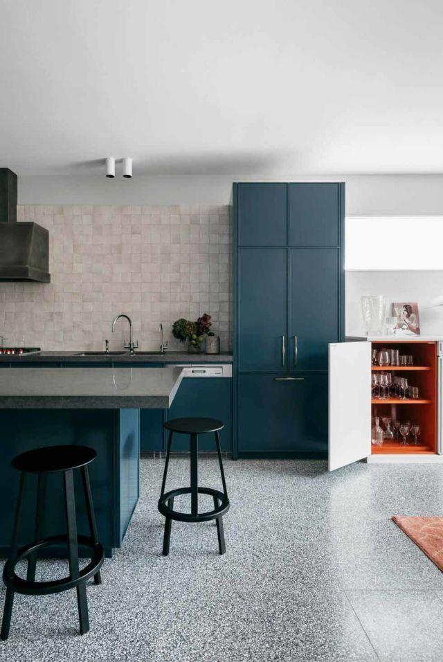 Biru Laut untuk Dapur, Warna yang Formal Namun Tidak Kaku
