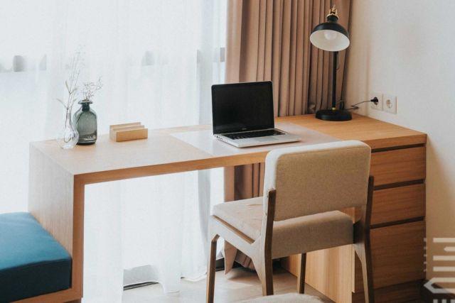Meja Kerja Kecil, One Park Residence di Jakarta Karya MIVEWORKS