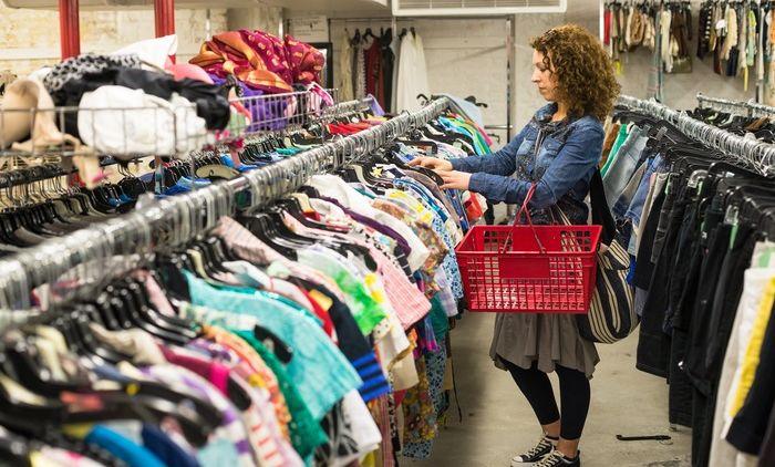 5 Panduan Cara Mendapatkan Barang Murah Tapi Nggak Murahan Ketika Belanja  di Thrift Store