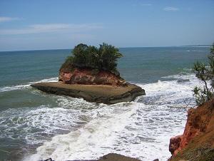 Pulau Lais