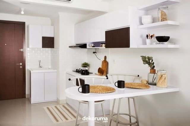 Dapur dan Ruang Makan Serba Putih