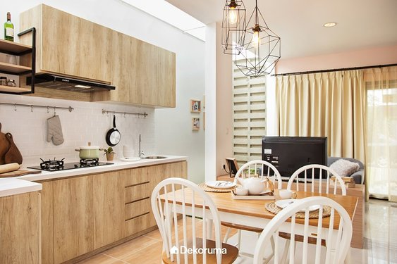 Dapur dan Ruang Makan Serba Kayu