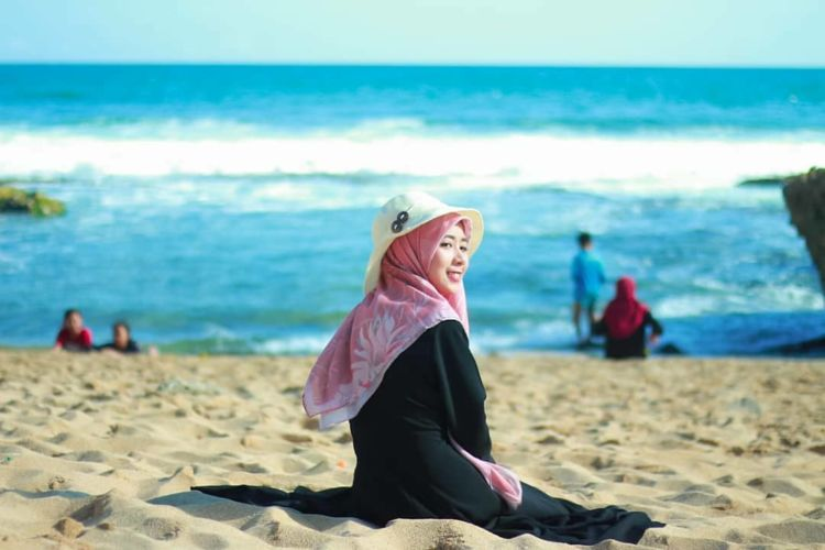 Pantai Ngrawe Gunungkidul, pantai baru dengan pesona pantai pribadi - Wisata Media