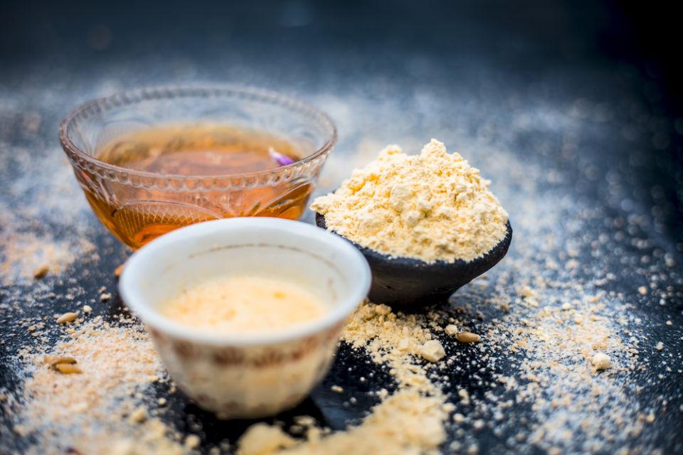 masker oatmeal dan madu