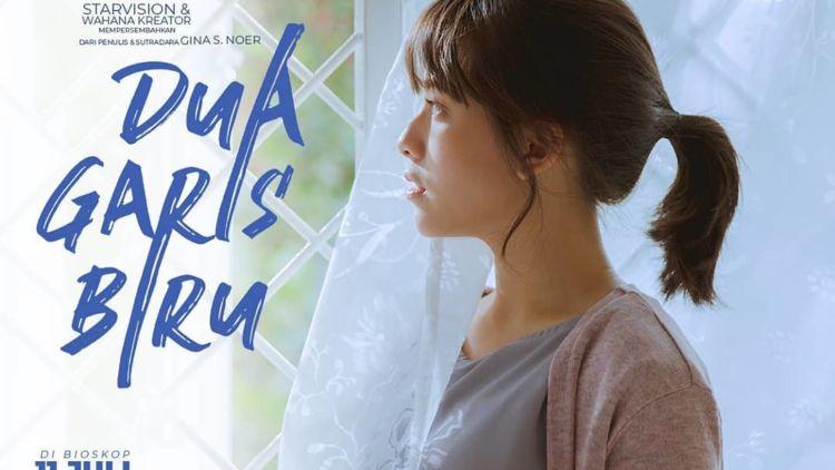 Review Film Dua Garis Biru: Soal Kehamilan di Luar Nikah ...
