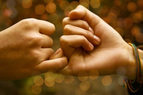 komitmen untuk saling percaya