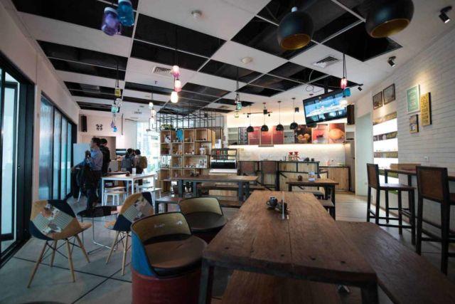 Desain kafe Panda House di Jakarta karya Jerry M. Febrino