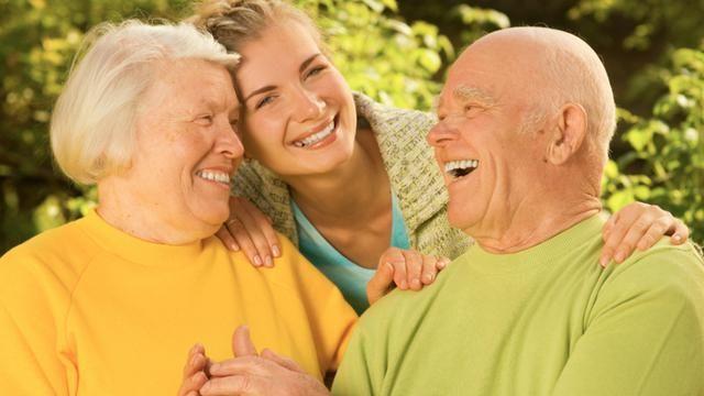 Membuat mereka bahagia adalah awal untuk membahagiakan jodoh mu kelak.