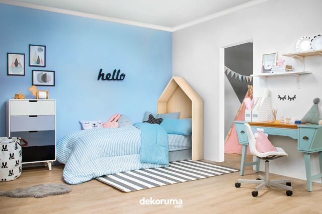 Ruang Keluarga Biru Pastel