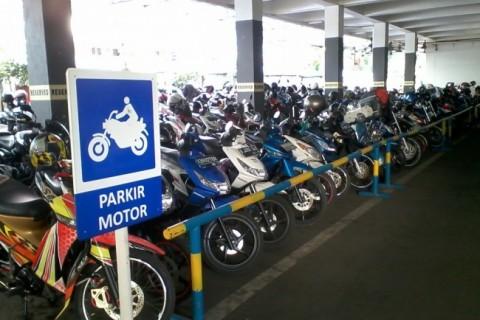Parkir Dengan Tertib