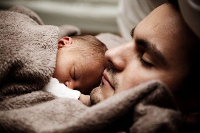 ayah dan bayi