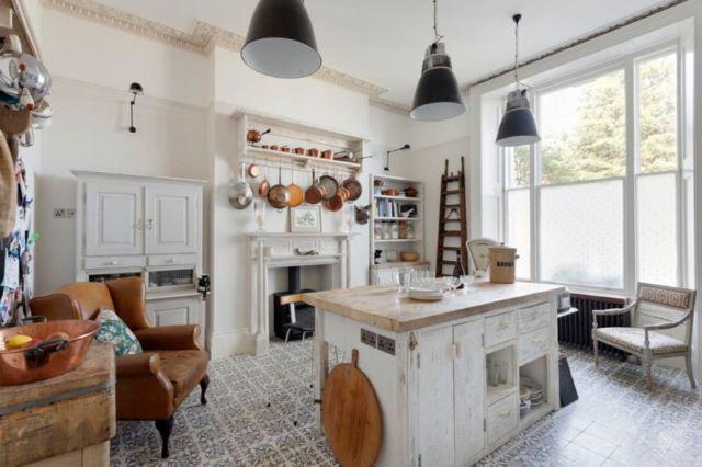 Desain boho chic untuk dapur rumah kamu