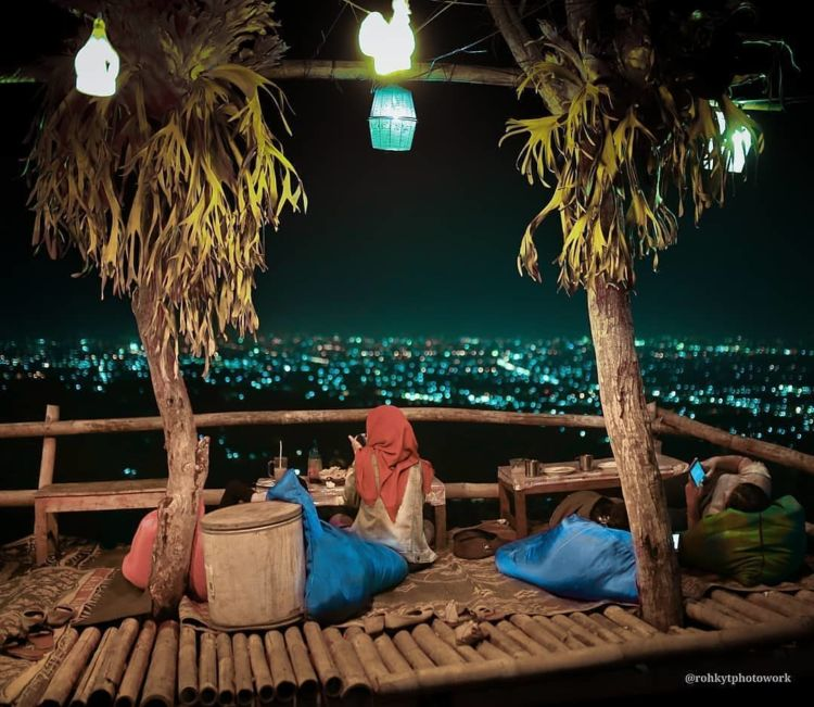 7 Cafe Dan Tempat Nongkrong Hits Di Jogja Lantai Dua