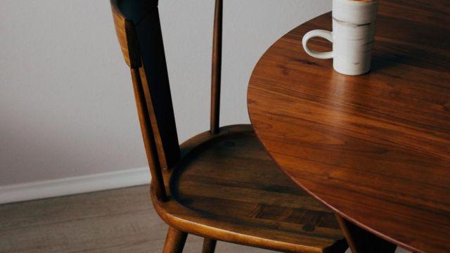Kursi dan Meja dari Jati