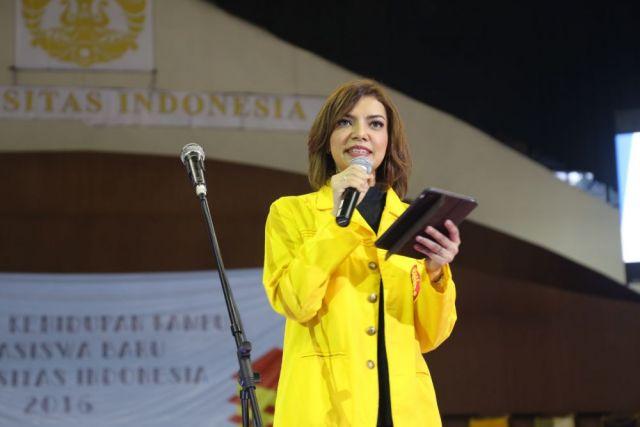 Mba Nana saat diundang ke acara yang diadakan oleh Universitas Indonesia.