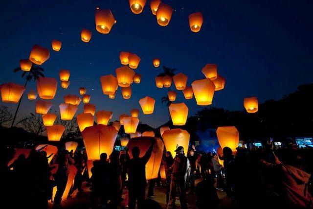 Flying Lantern in Shifen