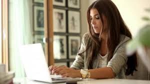 Sibuk banget meniti karir