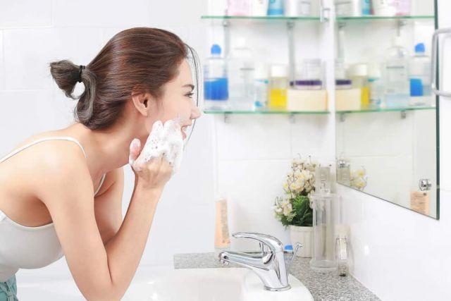 Cuci Muka dengan Benar