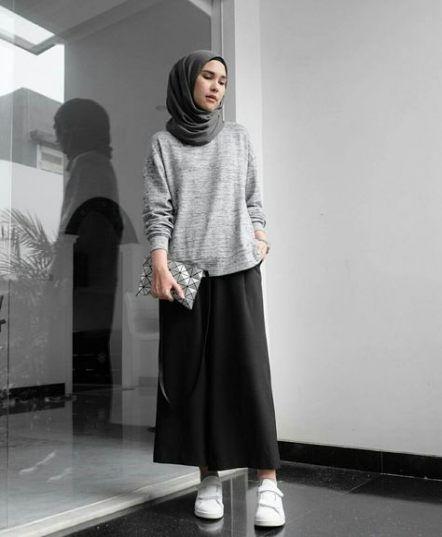 9 Model Sweater Yang Cocok Dipadukan Dengan Hijab Warna Apapun Manis Dan Kekinian