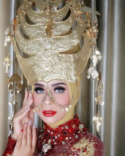Pengantin Batak Mandailing Berhijab / MUA : @fatmi_makeup